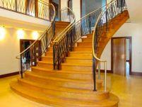 Процесс производства деревянных лестниц